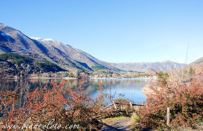 Озеро Сканно а