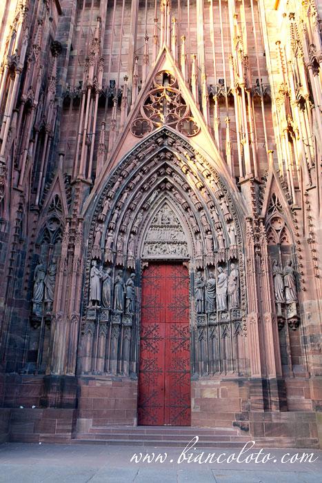 Портал Кафедрального собора Нотр-Дам. Страсбург